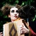 Orange Diatonic, récital de rue entre la Castaphiore & Nina Hagen